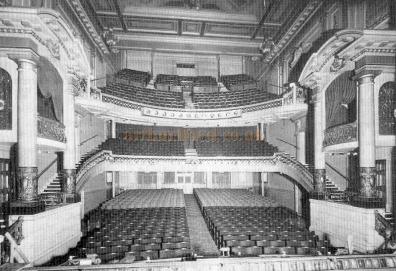 00 - Theatre de La Scala